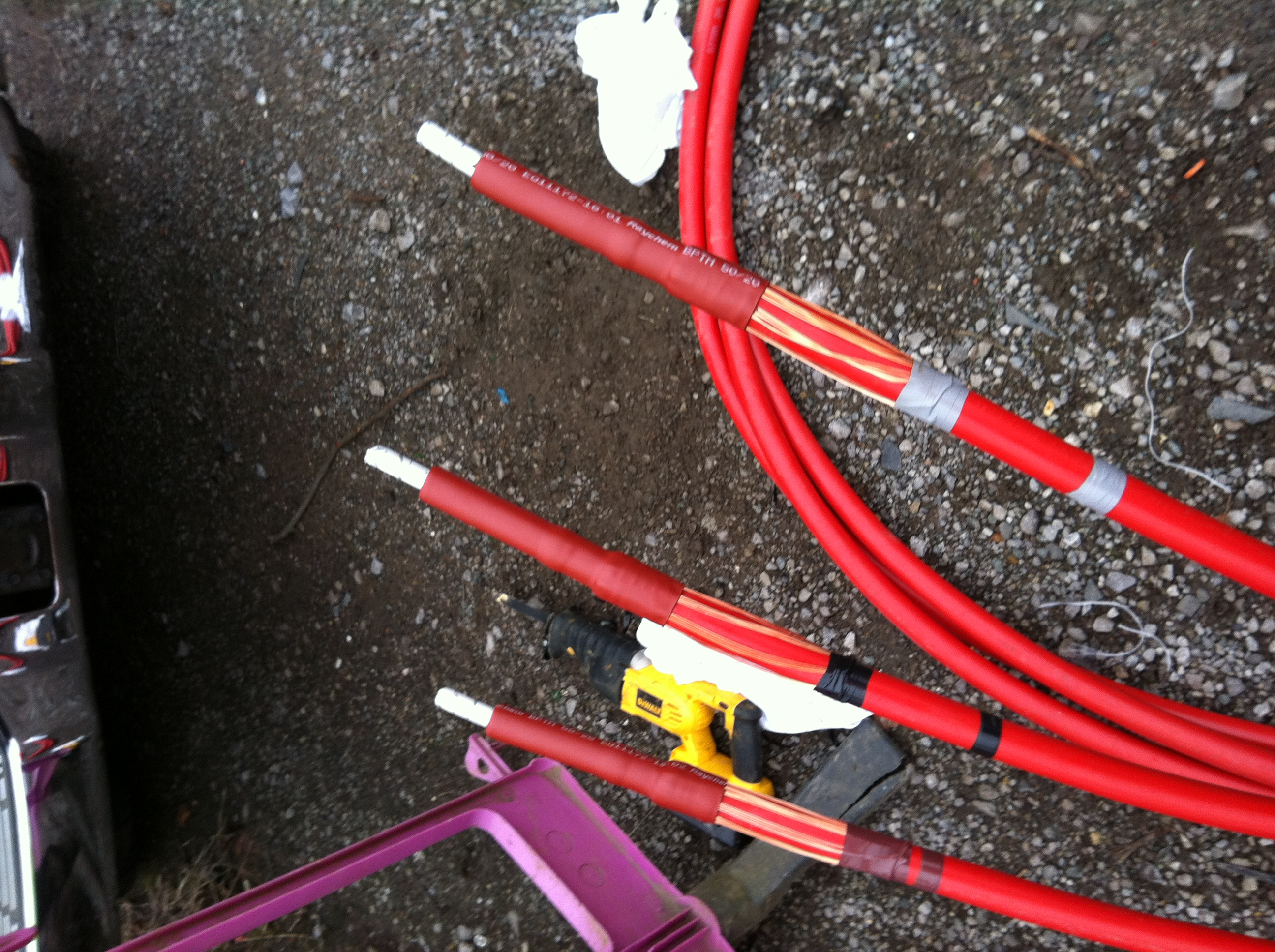 Cable Jointing Upto 11kv Straight Joints And Pot End